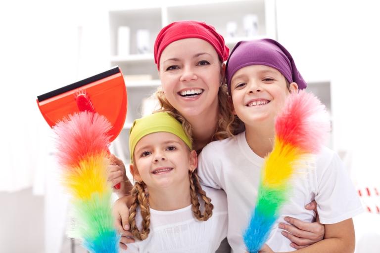 Как да накарате децата да помагат у дома?