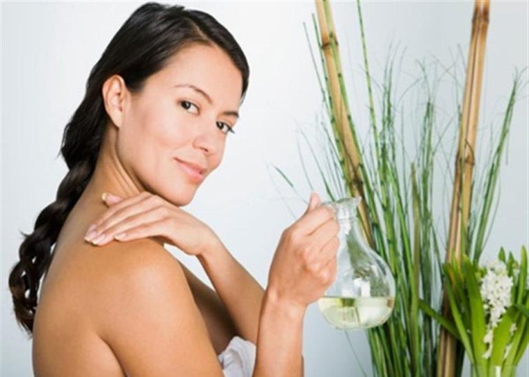 Натуралните масла в грижите за кожата и косата
