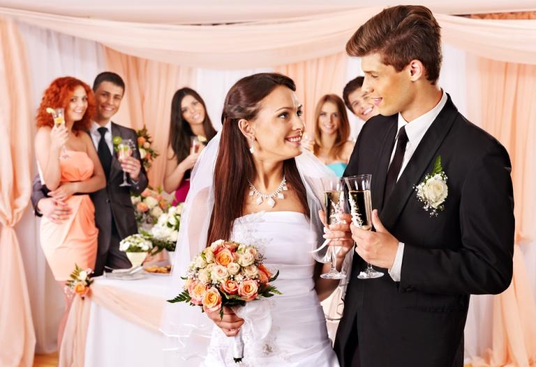 5 типа хора, които не трябва да каните на сватбата си