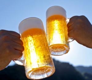 """""""Пий добра бира с добри приятели"""""""