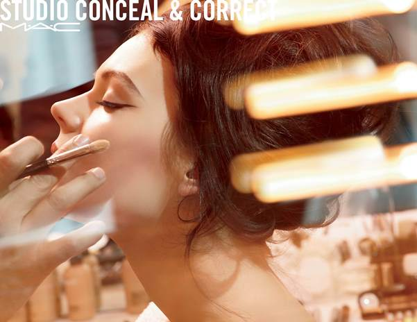 StudioConcealandCorrect-BeautyShots-300_1